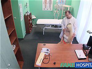 FakeHospital doc helps platinum-blonde get a wet gash