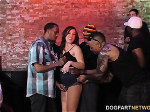 Jennifer milky multiracial gangbang - cheating Sessions