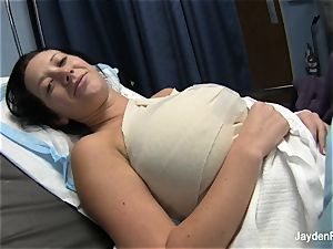 Behind the gigs with Jayden and her jug implants