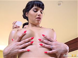 cougar Mercedes Carrera drilled by her stepson Jordi