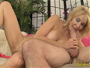 Mature dame Erica Lauren loving big chisel