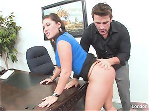 asian beauty London Keyes gets an office pummel