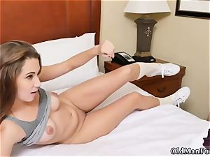 aged mommy xxx fuck first-ever time presenting Dukke