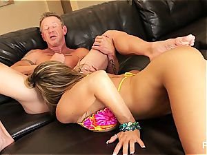 Kristal ending up with jism in her cougar vulva