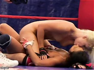 Brandy sneer performed a bare fighting with a magnificent babe