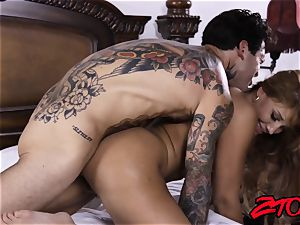 shaft craving cougar Mercedes Carrera licked and porked