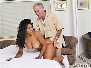 Call daddy and youthfull nubile very first porno with older man Glenn concludes the job!