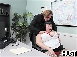 Angelic plus-size Alexxis Allure fed jizm after chisel bashing