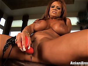 yam-sized titted DD finger romps herself