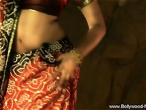 Indian mummy babe Is extraordinaire When She Dances