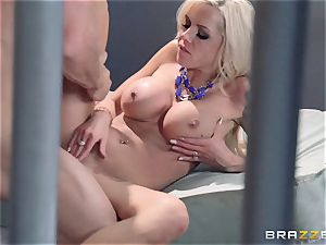 Nina Elle smashes a stellar con in front of her hotwife husband
