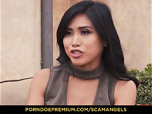 SCAM ANGELS - Melissa Moore and steamy friends in four-way
