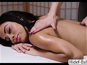 super-steamy masseuse Darcie Dolce massage Victoria round so romantic and eats her vulva