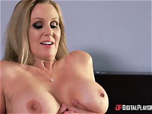 intercourse with huge-titted housewife Julia Ann and her stepdaughter