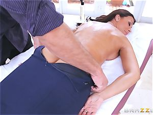 Uptight cop Rachel Starr drills on the job
