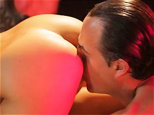Asa Akira gets her red-hot lips lush a massive lengthy fuckpole