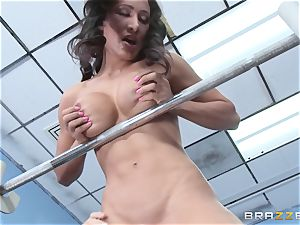 Amia Miley gets a true exercise