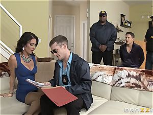 Criminals wifey Jessica Jaymes plowed by a sizzling cop