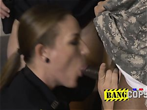Fraudulent soldier gets his stiffy gargled and taken by perverted cougar cops