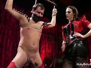 stellar dominatrix luvs whipping and smacking