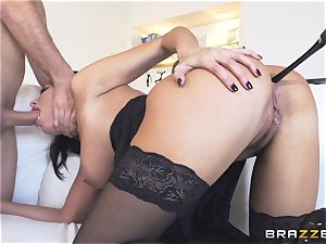 Maid Anissa Kate getting her edible bootie torn up by a thick boner