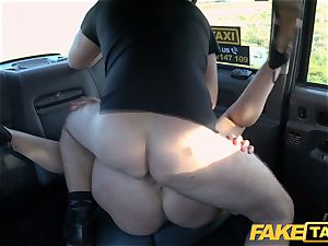 faux cab blond mummy Victoria Summers plumbed in a taxi