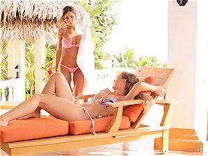 Madison Ivy and Nicole Aniston cunt joy in bikinis
