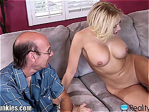 super-fucking-hot trophy wifey gets a real thick ebony weenie to screw